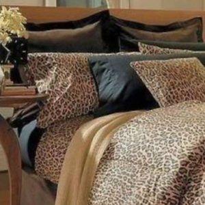 New, Ralph Lauren Two Standard Pillowcases Aragon